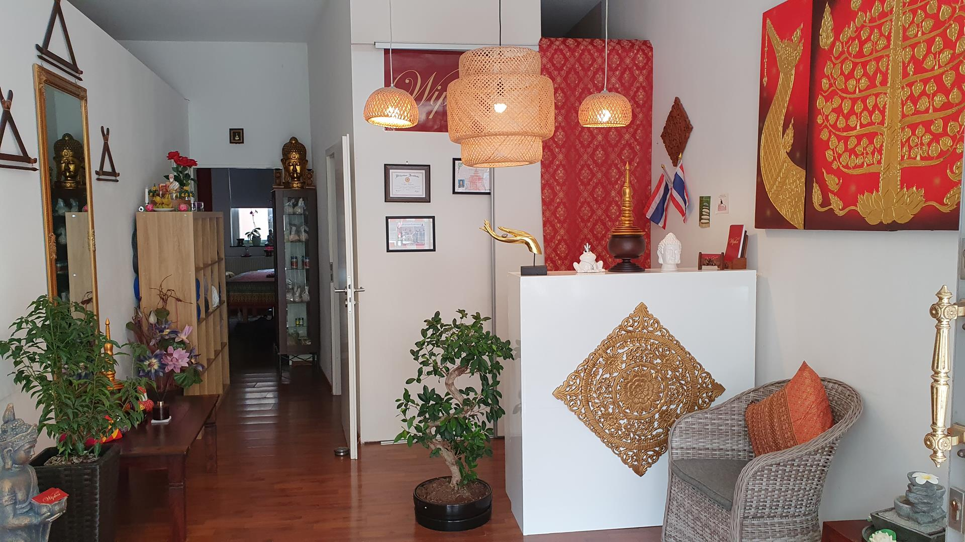 Wipha Thai Massage Studio, Empfang
